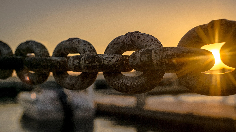 boat-chain-dawn-119562